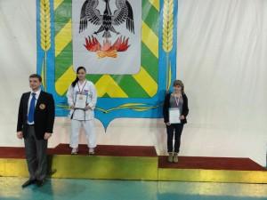 Зеленова Ирина - бронза в Соревнованиях ЦФО России по каратэ 2014